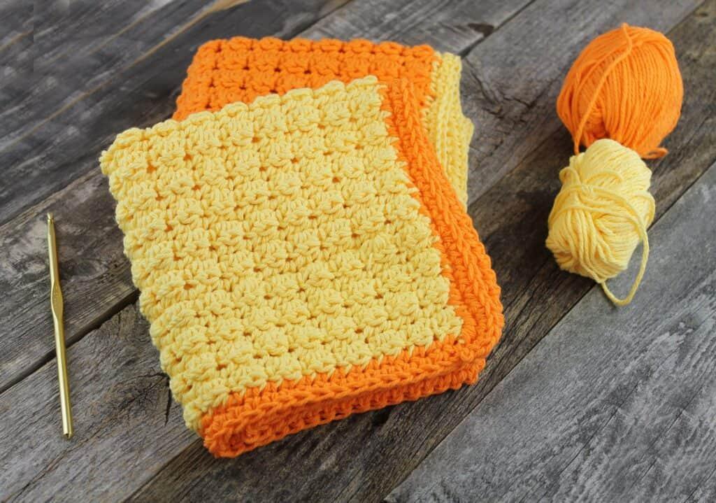 patrón de ganchillo de paño de plato de crochet gratis even berry -amorecraftylife.com #crochet #crochetpattern #diy #freecrochetpattern