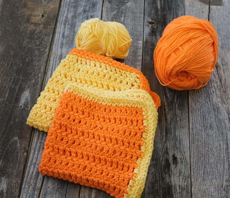 patrón de ganchillo de tela de crochet doble en espiga gratis -amorecraftylife.com #crochet #crochetpattern #diy #freecrochetpattern